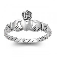 Sterling Silver 9mm Claddagh Heart Ring nva159